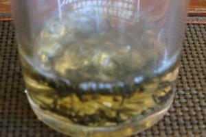シンプルに雲南紅茶を入れる