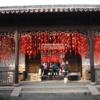 寺院の春節飾り