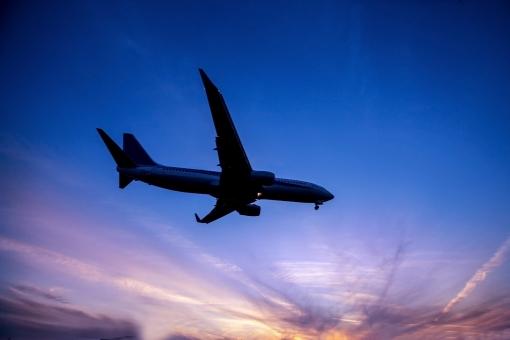 飛行機の背景イメージ