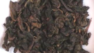 黒烏龍茶の茶葉