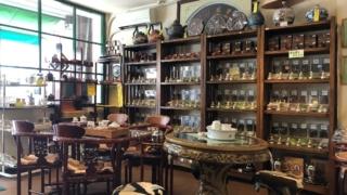 慶光茶荘の店内