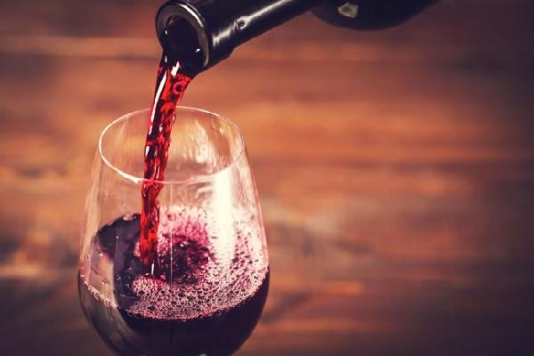 赤ワイン タンニンのイメージ