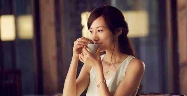 プーアル茶を飲んで