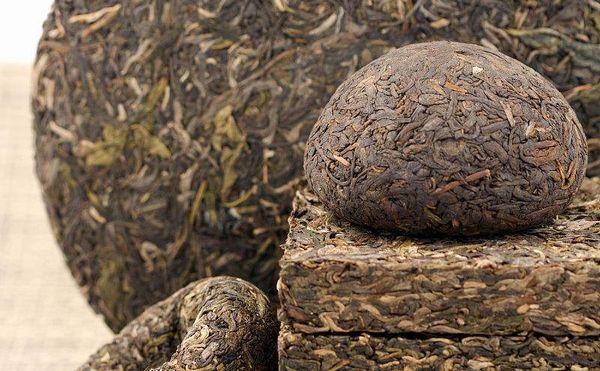 いろいろ種類のプーアル茶
