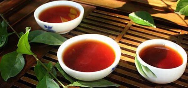 プーアル茶を淹れた茶杯