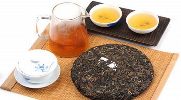 プーアル餅茶と散茶