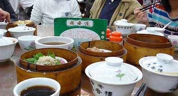 香港 飲茶 プーアル茶