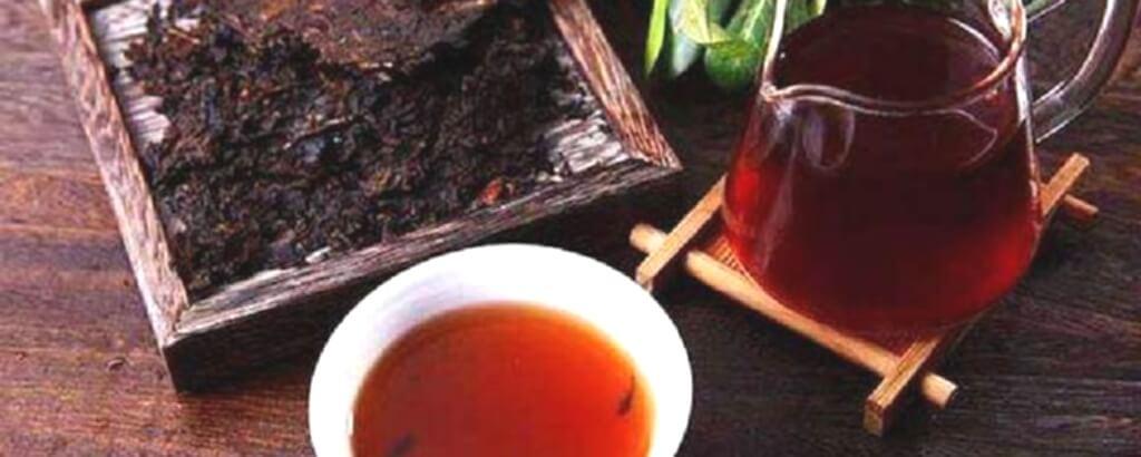 普洱茶を崩して淹れる