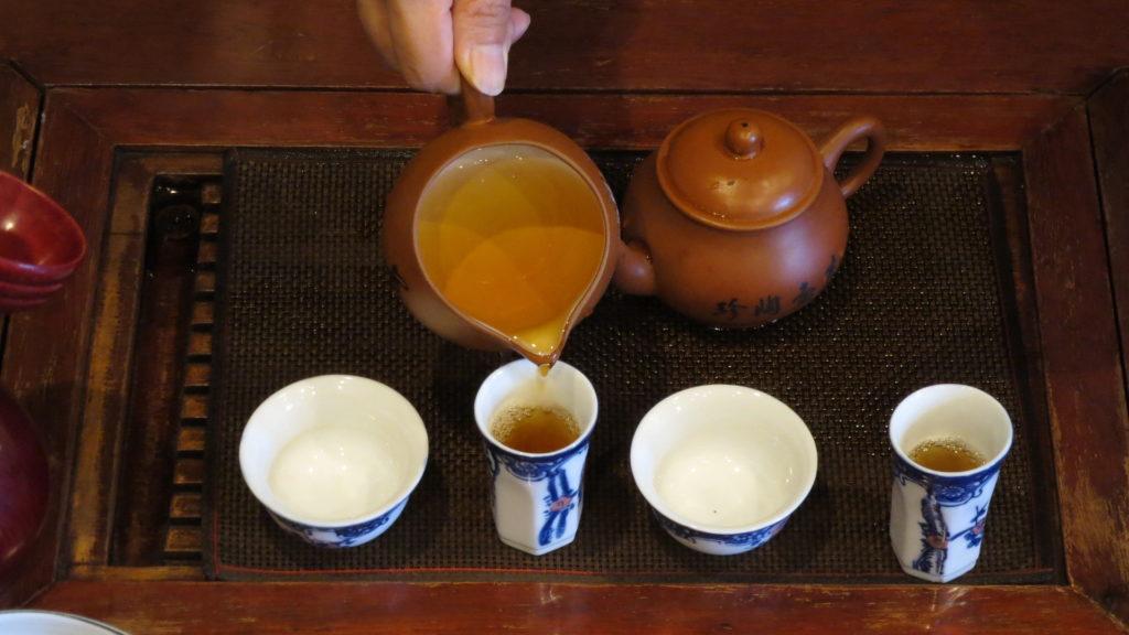 中国工夫茶器で淹れる 茶海から聞香杯へ