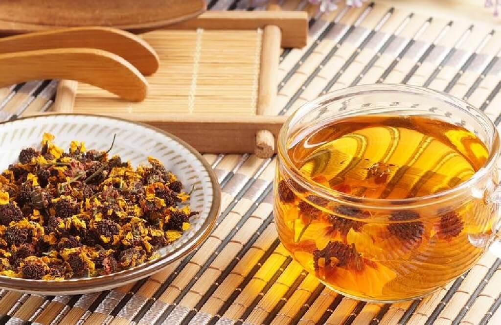 雪菊茶の雪菊と茶湯